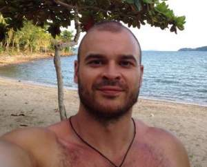 Image:  VKontakteMartsinkevich posted a picture of himself on a beach in Thailand.