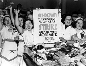 Image: Photo of Woolworth employees demonstrating for 40-hour week.